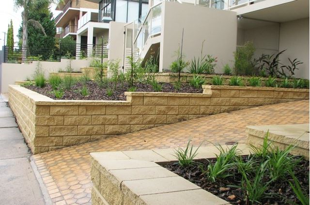 Retaining Wall Ideas. Garden Steps