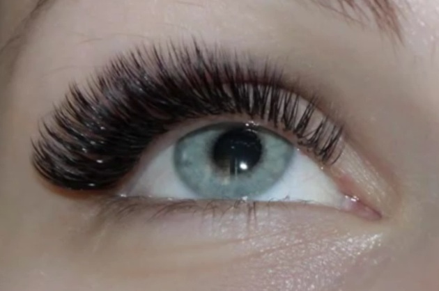 Volume 3D Eyelash Extensions (not actual Client)