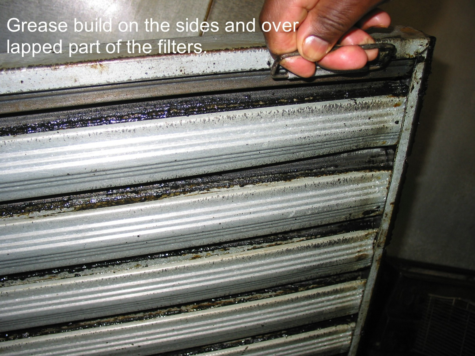 Why Is The Fan Ing My Grease Filters Up Into Hood Pro Inc What Optimum Air Velocity For Removing Laden From A Kitchen